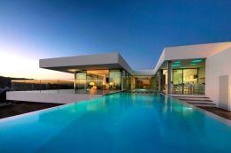 pool maintenance Algarve