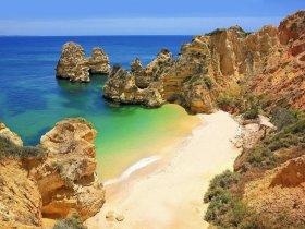 Praia-do-Camilo3